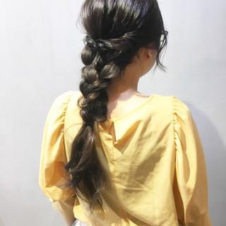 アッシュグレージュ アッシュベージュ セミロング アッシュグレー ヘアスタイルや髪型の写真・画像