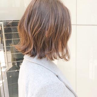 パーマ ストリート デート アンニュイほつれヘア ヘアスタイルや髪型の写真・画像 ヘアスタイルや髪型の写真・画像