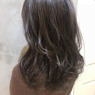 ミディアム 外国人風カラー デート 大人かわいい ヘアスタイルや髪型の写真・画像