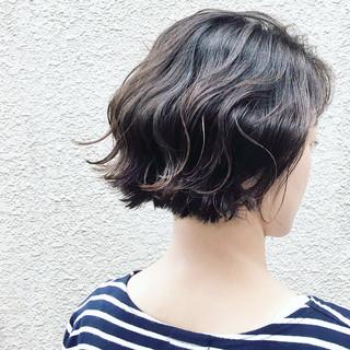 外ハネ ロブ アッシュ 外国人風 ヘアスタイルや髪型の写真・画像