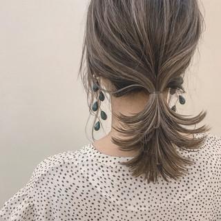 ナチュラル ヘアアレンジ ハイライト ゆるふわ ヘアスタイルや髪型の写真・画像