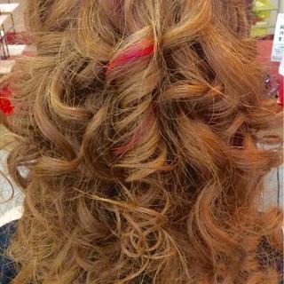 ロング 渋谷系 大人かわいい ハイライト ヘアスタイルや髪型の写真・画像