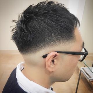 ショート 刈り上げ ストリート オシャレ坊主 ヘアスタイルや髪型の写真・画像