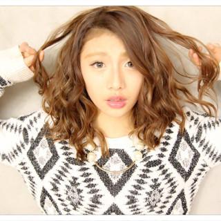 ミルクティー 外国人風カラー アッシュ 外国人風 ヘアスタイルや髪型の写真・画像