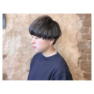 ベリーショート 小顔ショート ナチュラル ショート ヘアスタイルや髪型の写真・画像 ヘアスタイルや髪型の写真・画像