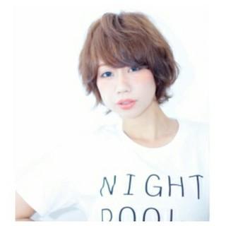 外国人風 パーマ フェミニン ショート ヘアスタイルや髪型の写真・画像