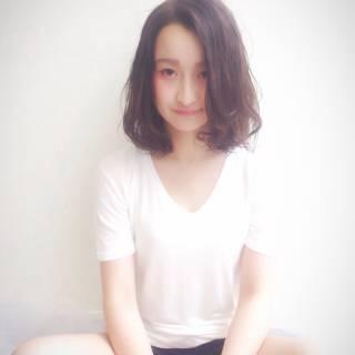 ミディアム パンク コンサバ ウェットヘア ヘアスタイルや髪型の写真・画像