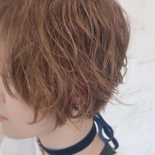 パーマ ウェーブ ナチュラル ショート ヘアスタイルや髪型の写真・画像