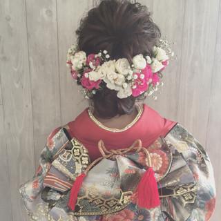 花 ヘアアレンジ セミロング シニヨン ヘアスタイルや髪型の写真・画像