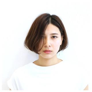 アッシュ モード ゆるふわ 暗髪 ヘアスタイルや髪型の写真・画像