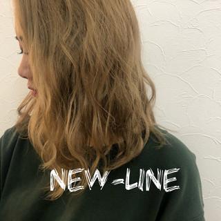 オシャレ デート ストリート グレージュ ヘアスタイルや髪型の写真・画像