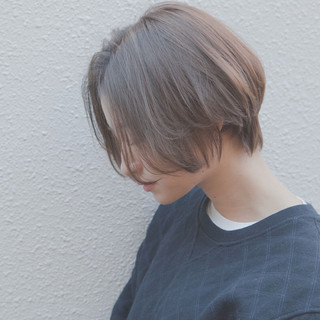 ナチュラル リラックス ショート ラフ ヘアスタイルや髪型の写真・画像