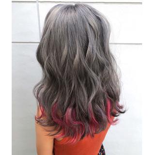 ハイライト カラフルカラー インナーカラー モード ヘアスタイルや髪型の写真・画像 ヘアスタイルや髪型の写真・画像