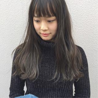 透明感 リラックス ハイライト ロング ヘアスタイルや髪型の写真・画像