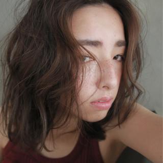 ストリート くせ毛風 外国人風 色気 ヘアスタイルや髪型の写真・画像