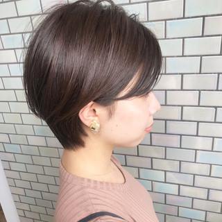 ショートヘア ベリーショート 大人かわいい オフィス ヘアスタイルや髪型の写真・画像