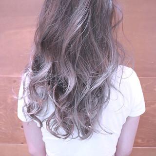 バレイヤージュ グラデーションカラー ロング 色気 ヘアスタイルや髪型の写真・画像