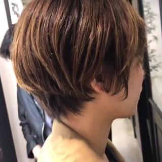 ショート パーマ ナチュラル くせ毛風 ヘアスタイルや髪型の写真・画像