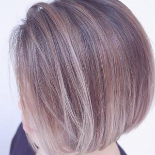 バレイヤージュ ストリート ヘアアレンジ グラデーションカラー ヘアスタイルや髪型の写真・画像