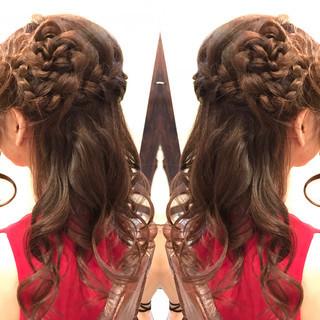 フェミニン 結婚式 セミロング まとめ髪 ヘアスタイルや髪型の写真・画像