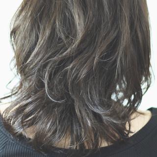 マット ゆるふわパーマ ナチュラル セミロング ヘアスタイルや髪型の写真・画像 ヘアスタイルや髪型の写真・画像