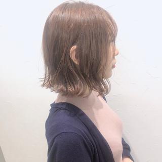 ボブ 切りっぱなしボブ 外ハネボブ ラベンダーカラー ヘアスタイルや髪型の写真・画像