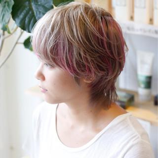 ストリート ショート ハイトーン ダブルカラー ヘアスタイルや髪型の写真・画像