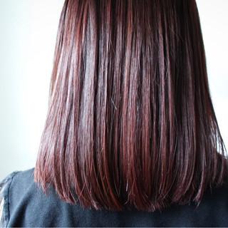 ミディアム ロブ ボルドー ボブ ヘアスタイルや髪型の写真・画像