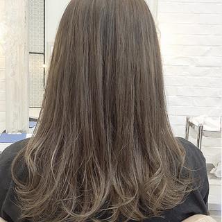 前髪あり ロング マッシュ ミルクティー ヘアスタイルや髪型の写真・画像