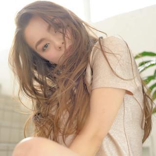 フェミニン デート 大人かわいい パーマ ヘアスタイルや髪型の写真・画像