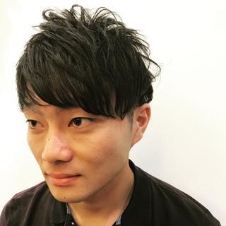 モテ髪 メンズ モード 刈り上げ ヘアスタイルや髪型の写真・画像