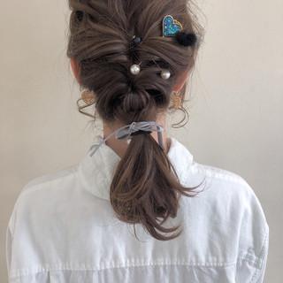 フェミニン ミディアム ゆるふわ 結婚式 ヘアスタイルや髪型の写真・画像