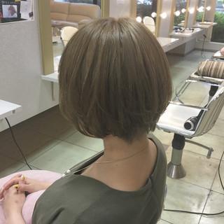 ゆるふわ フェミニン 前髪あり ウェーブ ヘアスタイルや髪型の写真・画像