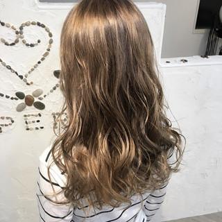 かわいい 透明感 セミロング デート ヘアスタイルや髪型の写真・画像