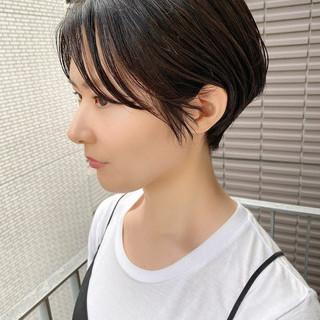 大人かわいい ショートヘア オフィス ショート ヘアスタイルや髪型の写真・画像