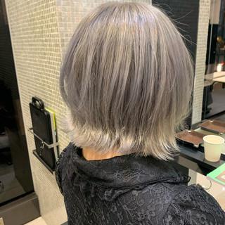 外国人風フェミニン ハイトーンカラー ボブ ガーリー ヘアスタイルや髪型の写真・画像