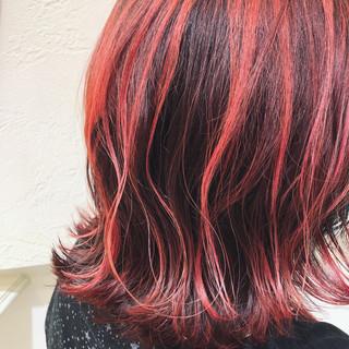 ストリート ガーリー レッド ミディアム ヘアスタイルや髪型の写真・画像 ヘアスタイルや髪型の写真・画像
