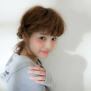 外ハネ モテ髪 ゆるふわ ヘアアレンジ ヘアスタイルや髪型の写真・画像