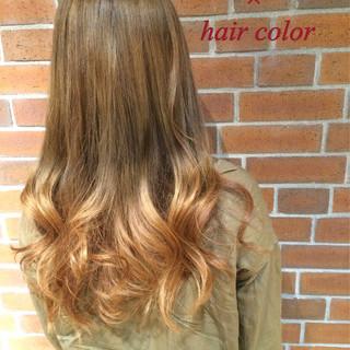 外国人風 ブラウン ロング グラデーションカラー ヘアスタイルや髪型の写真・画像
