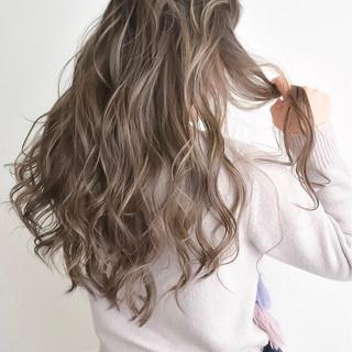 ハイライト グラデーションカラー 外国人風 ストリート ヘアスタイルや髪型の写真・画像