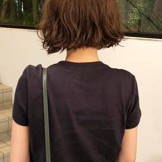 毛先パーマ 無造作パーマ ナチュラル ボブ ヘアスタイルや髪型の写真・画像