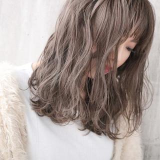 ナチュラル ブリーチカラー ロング ダブルカラー ヘアスタイルや髪型の写真・画像
