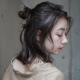 ナチュラル 簡単ヘアアレンジ 抜け感 ウェットヘア ヘアスタイルや髪型の写真・画像