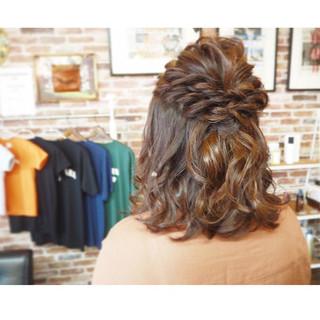 ミディアム ハーフアップ ブライダル ヘアセット ヘアスタイルや髪型の写真・画像