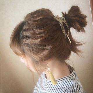ショート ヘアアレンジ ゆるふわ お団子 ヘアスタイルや髪型の写真・画像