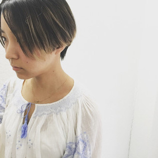 アンニュイ 抜け感 無造作 ナチュラル ヘアスタイルや髪型の写真・画像
