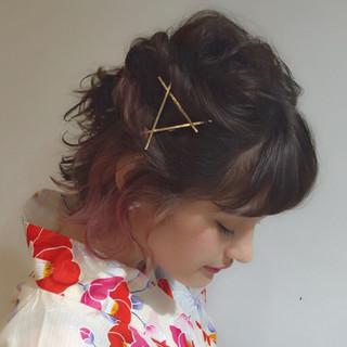 簡単ヘアアレンジ ボブ ヘアアレンジ インナーカラー ヘアスタイルや髪型の写真・画像