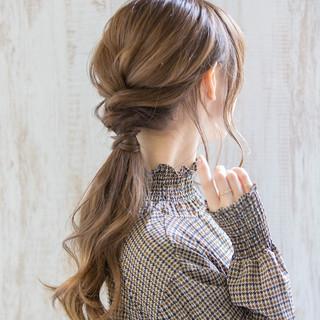 デート 簡単ヘアアレンジ ヘアアレンジ エレガント ヘアスタイルや髪型の写真・画像 ヘアスタイルや髪型の写真・画像