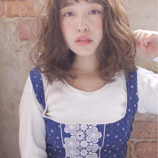 ゆるふわ 外国人風 パーマ 前髪あり ヘアスタイルや髪型の写真・画像