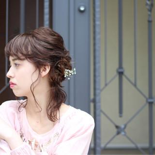 結婚式 ミディアム 女子会 ナチュラル ヘアスタイルや髪型の写真・画像
